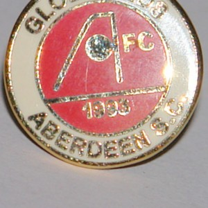 aberdeen globe reds badge