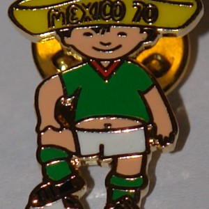 mexico 1970 badge