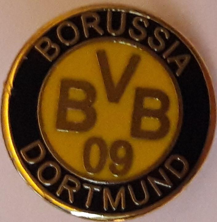 Borussia Dortmund Small Badge No 100 Scottish Football Memorabilia