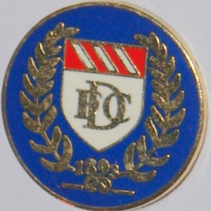 dundee crest badge